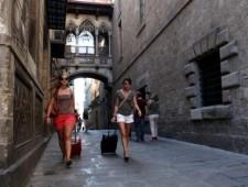 Airbnb, hoteles y desplazamiento de población en el barri Gòtic de Barcelona