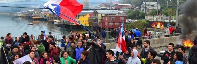 A propósito de un modelo de desarrollo en crisis… una mirada crítica al turismo como salida para Chiloé