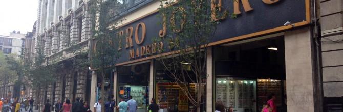La calle de Madero en el Centro Histórico, tres fotografías