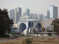Las manos sobre la Ciudad (de México)