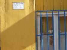 Estrategias residenciales de sin casa propia